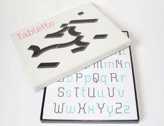 Tabletto uma criação do designer holandês Thomas Dahm, é um jogo tipográfico composto por dez formas, com o qual se pode projetar letras e números.