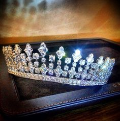 GraffDiamonds Tiara