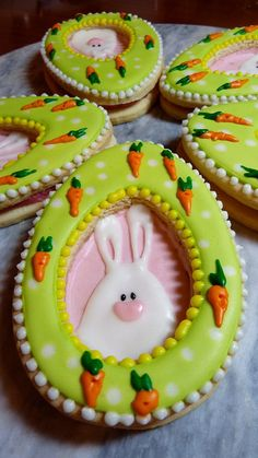 Easter Cookies by Cookievonster Repinned By:#TheCookieCutterCompany