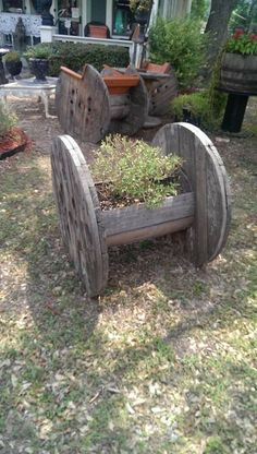 spool planter