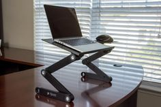 Amazon.com: Executive Office Solutions Portable Adjustable Aluminum Laptop Desk/Stand/Table Vented w/CPU Fans Mouse Pad Side Mount-Notebook-Macbook-Light Weight Ergonomic TV Bed Lap Tray Stand Up/Sitting-Black: Computers & Accessories