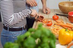 Vaihda viljatuotteet vihanneksiin ja syö terveellisiä rasvoja muun muassa pähkinöiden muodossa ja sydämesi kiittää.