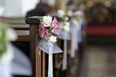 Znalezione obrazy dla zapytania dekoracje weselne kościoła