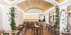 Este bonito restaurante nos evoca esas noches de verano junto al mar mediterráneo, L'Amalfitana, la Italia más bella.