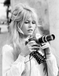 Messy hair Brigitte Bardot Bangity bang bangs
