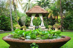 Puri Santrian Garden by Emanuel Dicky, via 500px