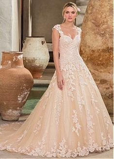 Wedding Dress 2289 Amber by Casablanca Bridal - Search our photo gallery for pictures of wedding dresses by Casablanca Bridal. Find the perfect dress with recent Casablanca Bridal photos. Western Wedding Dresses, Classic Wedding Dress, Bridal Wedding Dresses, Dream Wedding Dresses, Bridal Style, Champagne Lace Wedding Dress, Tulle Wedding, Elegant Wedding, Wedding Venues