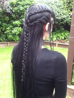 Diese Frisur...                                                       …