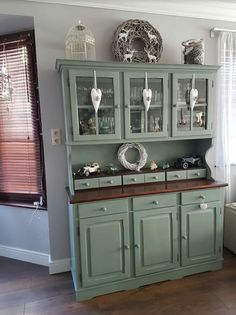 Tálaló Chabby Chic, Vintage Shabby Chic, Textured Walls, China Cabinet, Home Kitchens, Home Remodeling, Painted Furniture, Kitchen Remodel, Farmhouse Decor