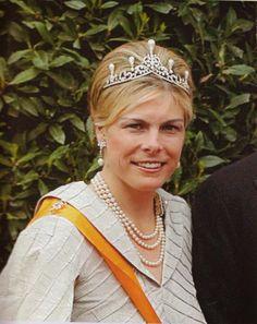 Tiara de Esmeraldas - Casa Real de los Paises Bajos