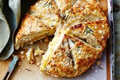 Cheese-filled oat damper