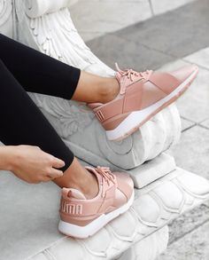 We love these pretty pink satin Puma Puma Sneakers S Puma Sneakers, Bow Sneakers, Sneakers Fashion, Fashion Shoes, Pumas Shoes, Shoes Sandals, Rubber Shoes For Women, Puma Shoes Women, Best Golf Shoes