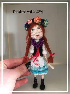 Folk, Crochet Hats, Christmas Ornaments, Holiday Decor, Inspiration, Home Decor, Knitting Hats, Biblical Inspiration, Decoration Home