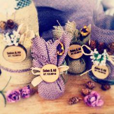 instagram   #atolye.sandalagaci Mail:atolye.sandalagaci@gmail.com Nişan hediyelikleri Vintage Handmade Nişan Tepsisi Nikah şekeri Özel Günler Wedding Rustic Lavanta Keseleri Mor Ahşap Wedding