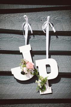 Jenni & Pete | Magnolia Plantation | The Wedding Row | The Burlap Elephant