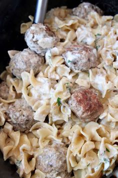 Seriously AMAZING Swedish Meatballs are so easy to make in a slow cooker! This recipe was passed down from my mother in law & the sauce is to-die-for! Ground Beef Recipes Easy, Easy Soup Recipes, Side Dish Recipes, Real Food Recipes, Cooking Recipes, Delicious Recipes, Crock Pot Food, Slow Cooked Beef, Egg Noodles
