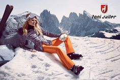 "Simply irresistible! The beautiful ""Josephine"" women's ski jacket brings elegance and uncompromising performance onto the ski slope. But Josephine also cuts a fine figure on the road due to the classy material combination of ""Shiny Pearl"" and the Toni Sailer 4-way premium stretch material. Lined with fibre balls, 10,000 mm hydrostatic head as well as 25,000 gr./m²/24-hour breathability, it sets standards with the functional properties."
