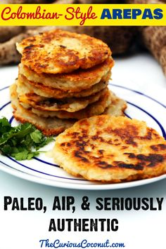 Autoimmune paleo Colombian-style Arepas by The Curious Coconut. Paleo Autoinmune, Paleo Bread, Paleo Food, Paleo Pizza, Paleo Meals, Easy Meals, Whole Food Recipes, Diet Recipes, Cooking Recipes