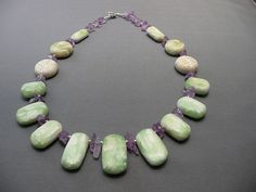 Le Jade, Jade Necklace, Metal Clay, Clay Projects, Artist At Work, Snowflakes, Polymer Clay, Beaded Bracelets, Beads