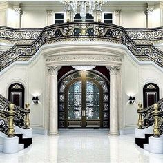 159 Million Dollar Florida Mansion ( Le Palais Royal ) / Hillsboro Beach. Marble Staircase, Grand Staircase, Staircase Design, Entry Stairs, Staircase Ideas, Florida Mansion, Florida Home, South Florida, Beach Mansion
