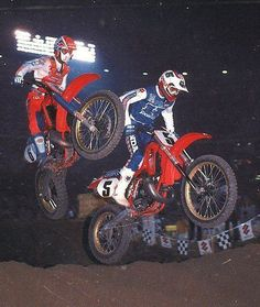 David Bailey and Rick Johnson I believe 1986.  I love the fact that Bailey has on JT gear and Johnson has Fox. Photo Courtesy of Robert Potte via Vintage Iron