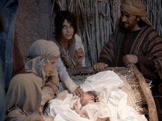 Free Bible images of Angels announce the birth of Jesus to shepherds outside Bethlehem (Luke 2:8-21)