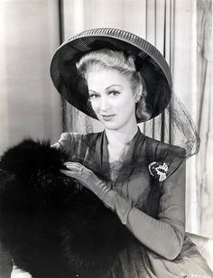 Eve Arden 40s dress hat fur muff