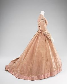 Evening dress by Mme Olympe (Side), ca. 1865.  Silk, mother-of-pearl.