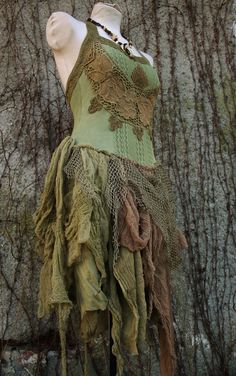 This would make such a pretty dance costume. Victorian Forest - corset tutu dress in olive green knitted cotton , gauze and fishnet boho gypsy pixie elf style Costume Steampunk, Faerie Costume, Elf Costume, Woodland Fairy Costume, Woodland Elf, Fairy Costumes, Boho Gypsy, Costume Carnaval, Fairy Clothes