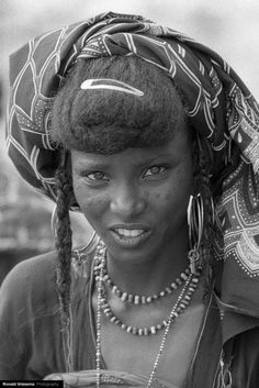 Africa | Portrait of a Wodaabe woman during the Gerewol. Tchirozérine, Agadez…