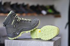 obuv lowa renegade ws - univerzálna turistická a zimná topánka Jordans Sneakers, Air Jordans, Grey, Shoes, Fashion, Gray, Moda, Zapatos, Shoes Outlet