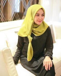 Selamat pagi 🤗🤗 Cantiknya kak @citra_ameylia . . . Go follow @hijab_beauty.id #hijabkece #hijabstyle #lfl #fff #hijabindo #ootd #hijabootd…