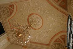 Neo classic room - designe by Mauro Nicora http://www.restaurinicora.it/decorazione/altadecorazione/interni-neoclassici/anticamera/pagina.html#