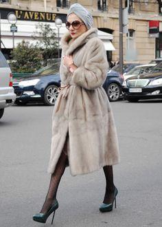 Turban & fur = glamour goddess