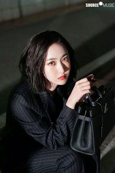Gfriend Album, Sinb Gfriend, Gfriend Sowon, Walpurgis Night, Cute Girl Face, G Friend, Popular Music, Me As A Girlfriend, South Korean Girls