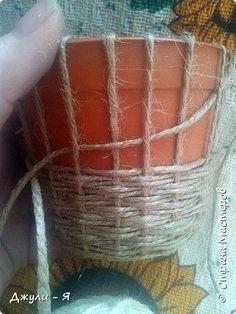 Sisal String Crafts Tin Can Crafts Burlap Crafts String Art Diy Crafts Rope Basket Basket Weaving Macrame Projects Diy Home Crafts, Arts And Crafts, Twine Crafts, Rope Art, Bottle Crafts, Basket Weaving, Diy Art, Craft Projects, Decoration