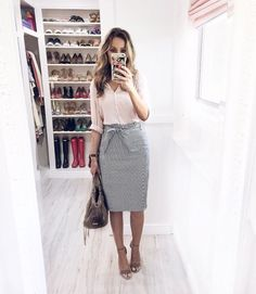 90 Sophisticated Work Attire and Office Outfits for Women to Look Stylish and Chic - Lifestyle State Summer Work Outfits, Casual Work Outfits, Office Outfits, Modest Outfits, Cute Outfits, Modest Wear, Outfit Work, Teacher Outfits, Jean Outfits