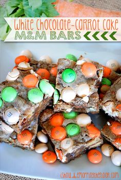 White Chocolate Carrot Cake M&M Bars | The perfect Easter and spring treat!