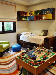 Little Boys Room - love the overhead cubbies  - nice!  Kids Design, Pictures, Remodel, Decor and Ideas - page 29