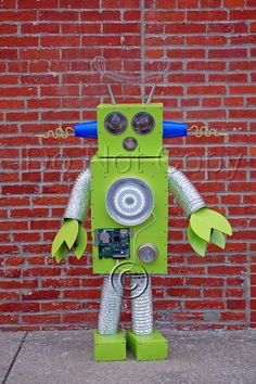 Kids costume ideas pinterest robot costumes costumes and robot my sons robot costume solutioingenieria Gallery