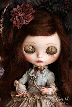 Cookie Dolls custom blythe  these eyelids are amazing