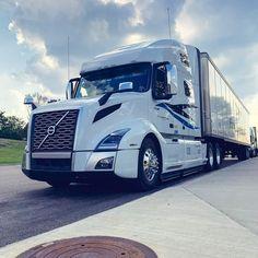 Train Truck, Road Train, Kenworth Trucks, Volvo Trucks, Truck Living, Cement Mixers, Dump Trailers, Large Truck, Custom Big Rigs