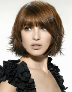 Google Image Result for http://4.bp.blogspot.com/-dI0tHNK0rxs/T_xBH0h0-AI/AAAAAAAAIeY/zjqazlwf_QA/s320/Hairstyles%2Bfor%2BFine%2BHair%2Band%2BRound%2BFaces.jpg