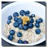 Lemon blueberry oatmeal: my way cook in almond milk