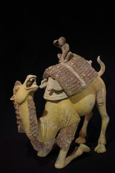 Bactrian camel, terracotta Tang Dynasty. This piece is so expressive!