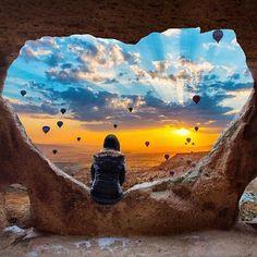 """Mi piace"": 13.1 mila, commenti: 169 - riyet gurcan (@riyets) su Instagram: ""Photo by 👆 📷 👉 @gamzebozkaya 👏 . #Sunset #nature #beautifuldestinations #earth #natgeo #kapadokya"""
