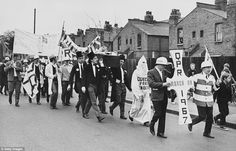 Queens Park Rangers fans march from Loftus Road in Shepherds Bush to Wembley, for the Football League Cup Final against West Bromwich Albion, March 1967 Queens Park Rangers Fc, Special Images, West Bromwich, Paul Mccartney, The Past, 4th March, Street View, Football, Shepherds Bush