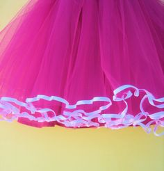 ************** HOT PINK POLKA DOT TUTU PARTY DRESS ***************** This dress is too much fun!!!! This cute dress has so many wonderful details. Your little girl will be the talk of the party in this dress. The top is a sweetheart style with a white trimming and bow. It has an