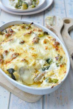 """Het lekkerste recept voor """"Bloemkool-broccoli gratin met worst"""" vind je bij njam! Ontdek nu meer dan duizenden smakelijke njam!-recepten voor alledaags kookplezier!"""
