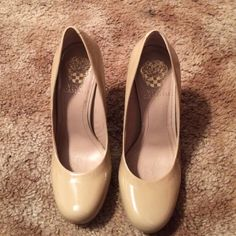 Vince Camuto nude heels size 6 Only worn once minor scuff. Make an offer Vince Camuto Shoes Heels